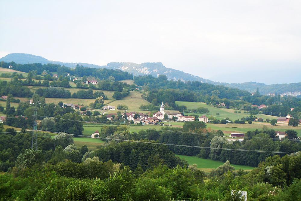 Avressieux-GAEC-2-cedres.jpg