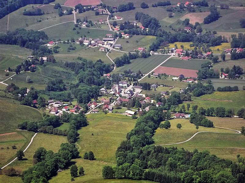 Attignat-Oncin_-gaec-marriniere-et-berthaudin-et-TIVOLLIER-Robert.jpg